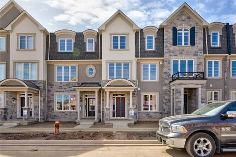 Townhouse for rent at 3322 Carding Mill Tr Oakville Ontario - MLS: W4587123