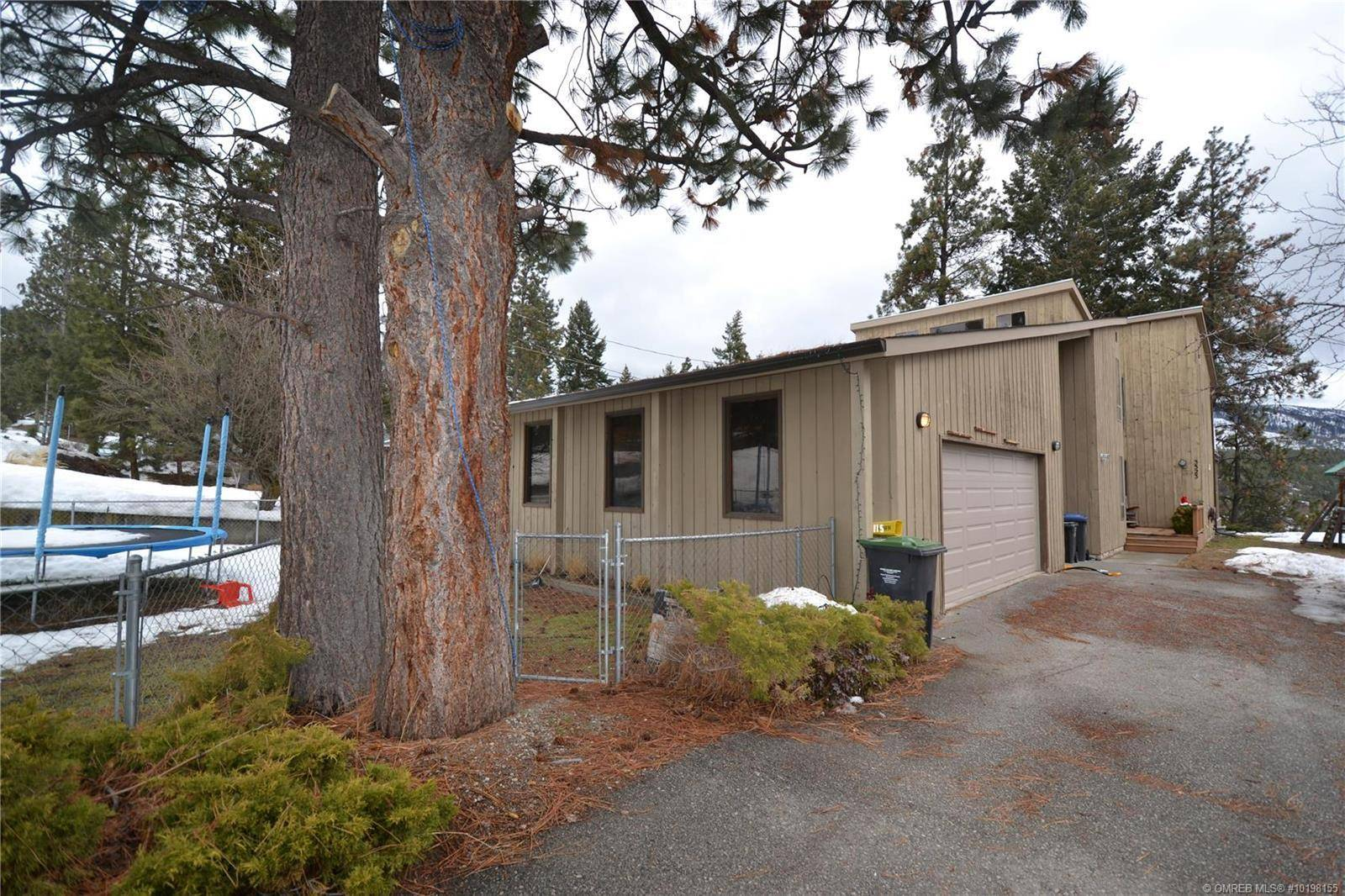 House for sale at 3323 Mcmurchie Rd West Kelowna British Columbia - MLS: 10198155