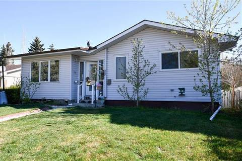 House for sale at 3324 Barr Rd Northwest Calgary Alberta - MLS: C4244859