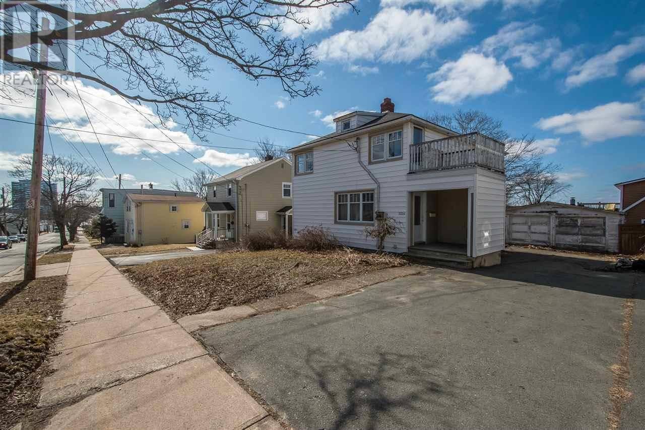 House for sale at 3324 Robie St Halifax Nova Scotia - MLS: 202005010