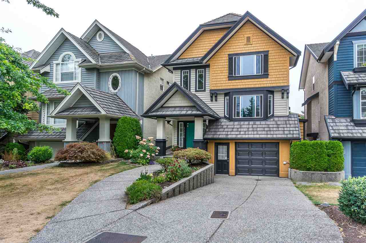 Sold: 3326 Rosemary Heights Crescent, Surrey, BC