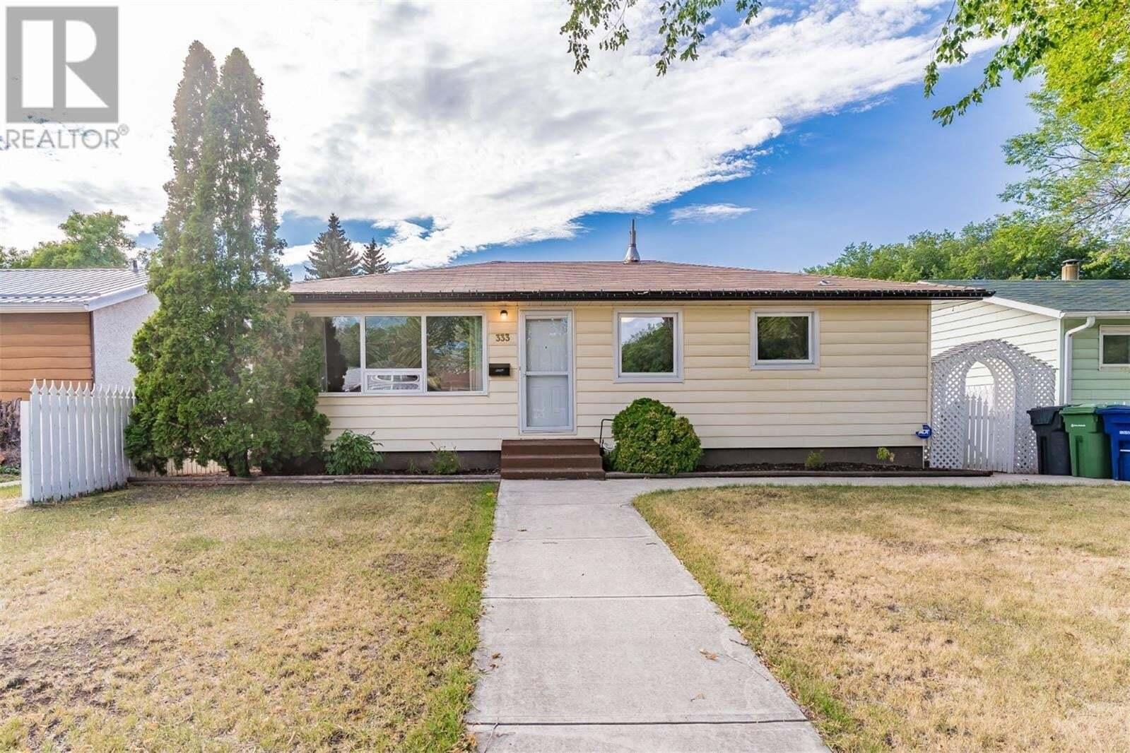 House for sale at 333 Witney Ave N Saskatoon Saskatchewan - MLS: SK826499