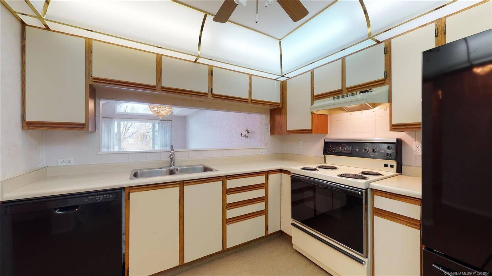 Condo for sale at 1045 Sutherland Ave Unit 334 Kelowna British Columbia - MLS: 10201954