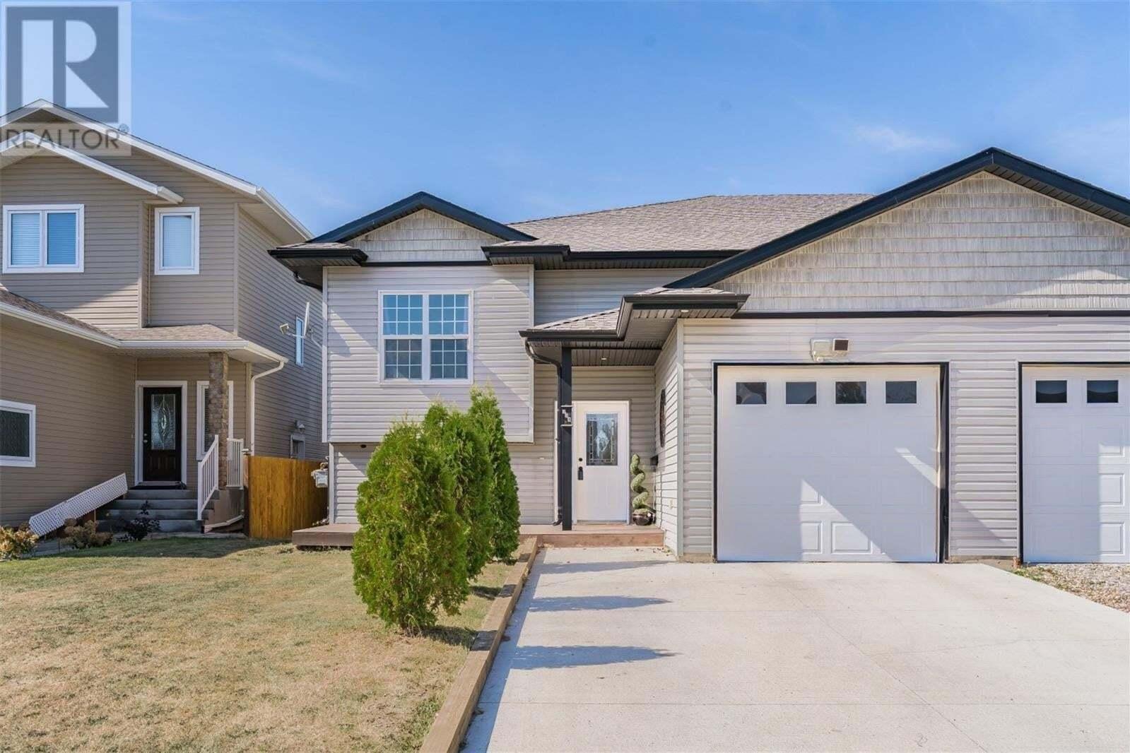 House for sale at 334 1st Ave N Martensville Saskatchewan - MLS: SK826373