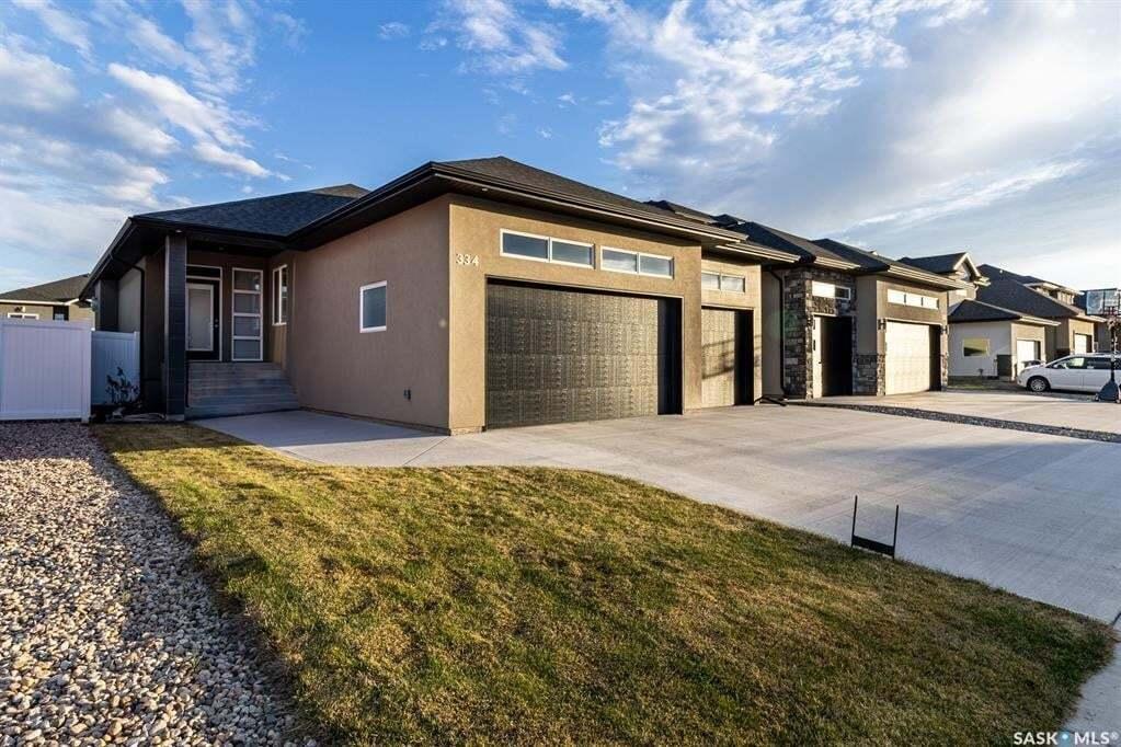 House for sale at 334 Boykowich St Saskatoon Saskatchewan - MLS: SK815540