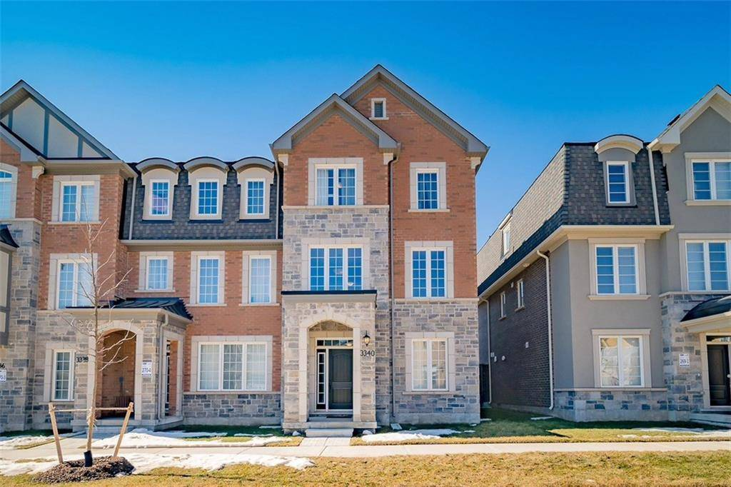 Townhouse for sale at 3340 Erasmum St Oakville Ontario - MLS: 30796720
