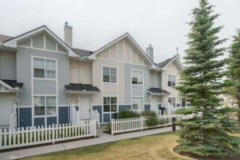 Townhouse for sale at 3341 New Brighton Gdns SE Calgary Alberta - MLS: A1026325
