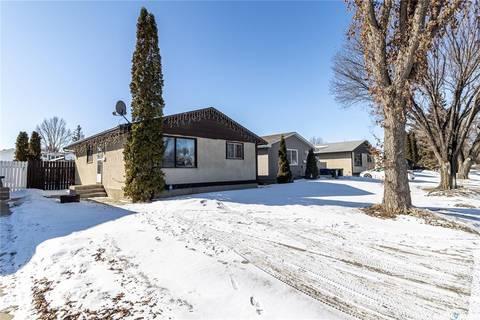 House for sale at 3343 John A. Macdonald Rd Saskatoon Saskatchewan - MLS: SK801524