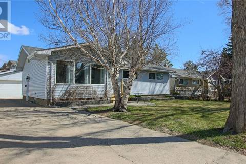 House for sale at 3345 Wascana St Regina Saskatchewan - MLS: SK771421