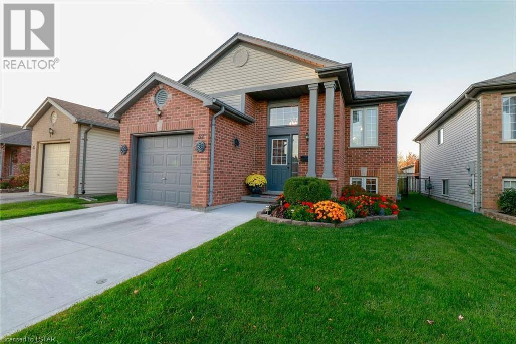 House for sale at 32 Lighthouse Rd Unit 335 London Ontario - MLS: 229716
