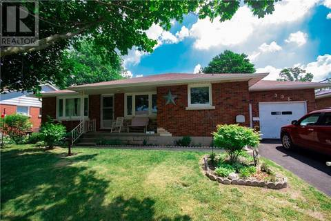 House for sale at 335 Delcrest Ave Delhi Ontario - MLS: 30749982