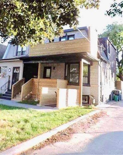 Townhouse for sale at 336 Campbell Ave Toronto Ontario - MLS: W4461931