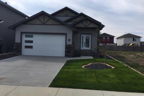 House for sale at 336 Greenwood Pl Coalhurst Alberta - MLS: A1019012