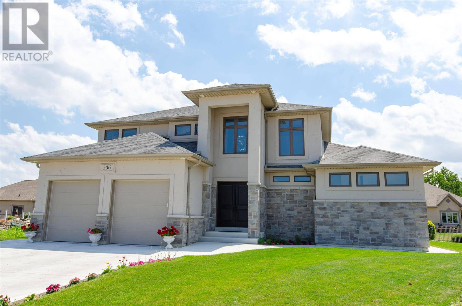 House for sale at 336 Lakewood  Tecumseh Ontario - MLS: 19025121
