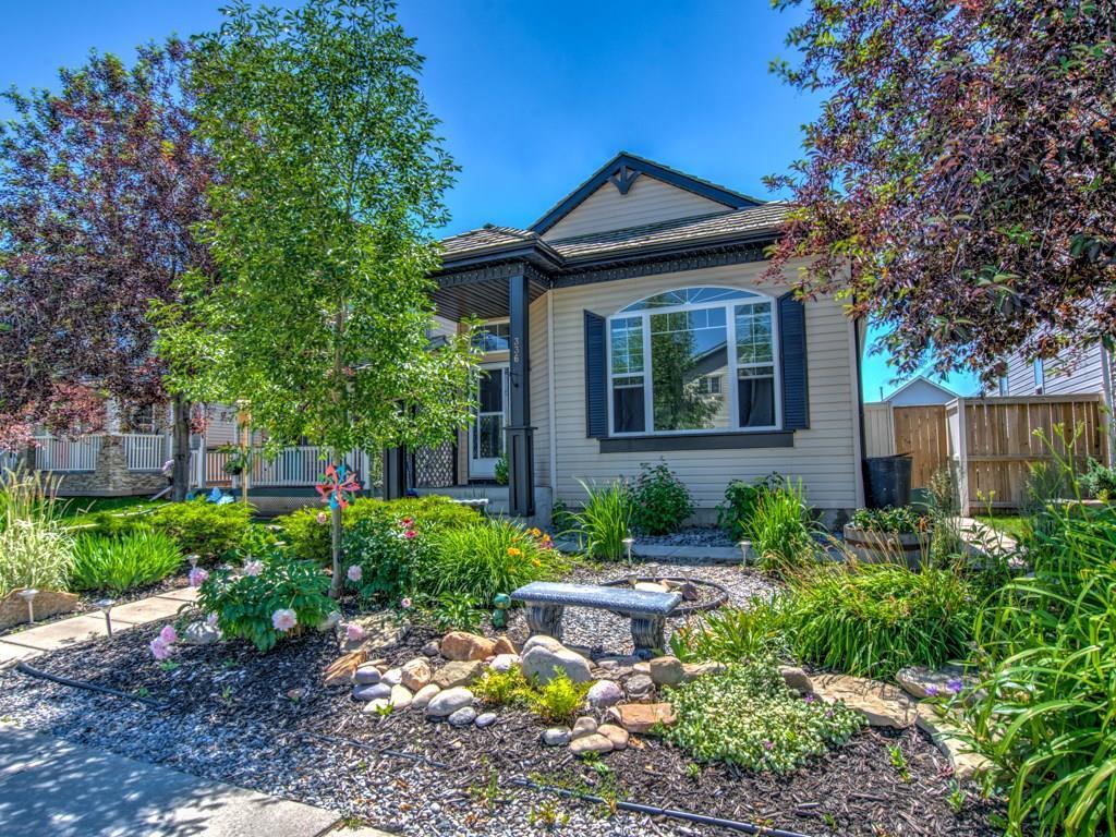 Sold: 336 Mt Aberdeen Close Southeast, Calgary, AB