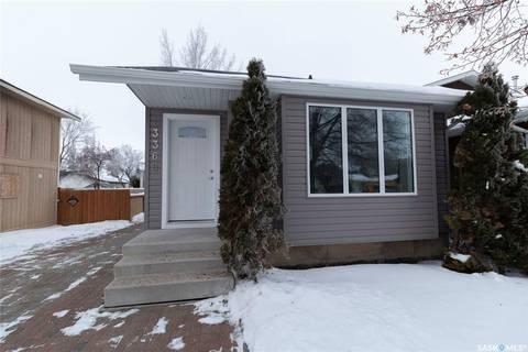 House for sale at 3360 33rd St Saskatoon Saskatchewan - MLS: SK797850