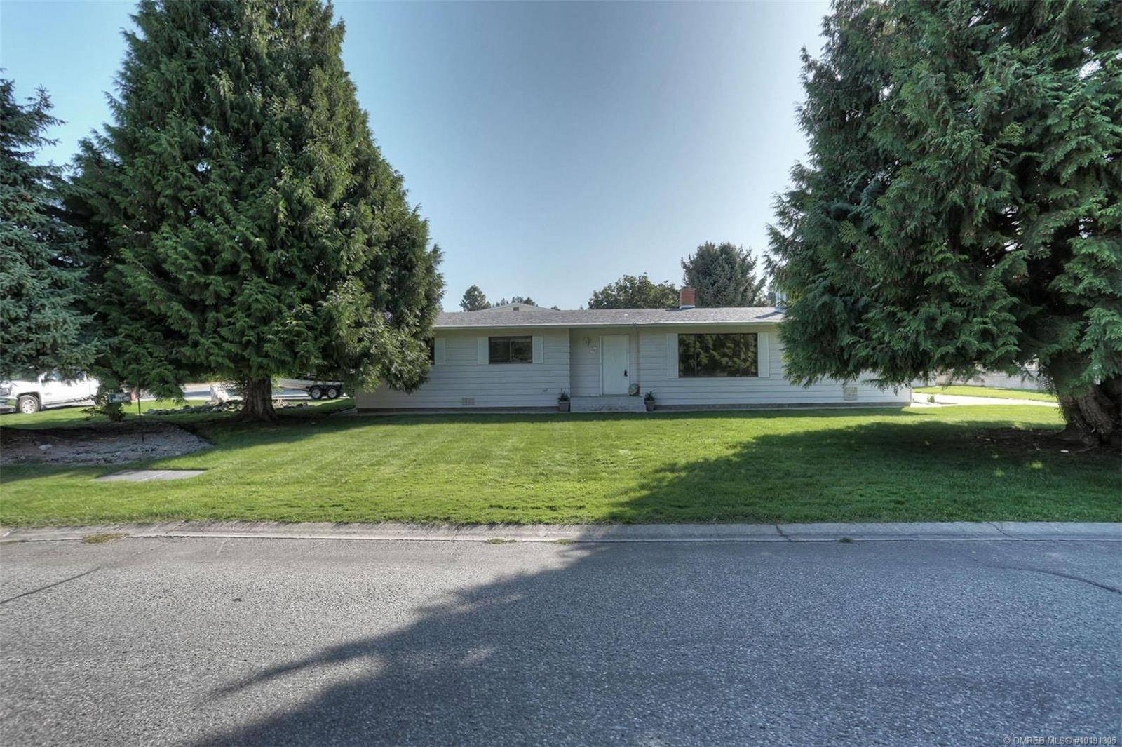 House for sale at 3361 Hall Rd Kelowna British Columbia - MLS: 10191305