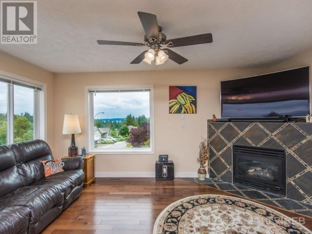 For Sale: 3362 Wavecrest Drive, Nanaimo, BC | 4 Bed, 4 Bath House for $774,900. See 24 photos!