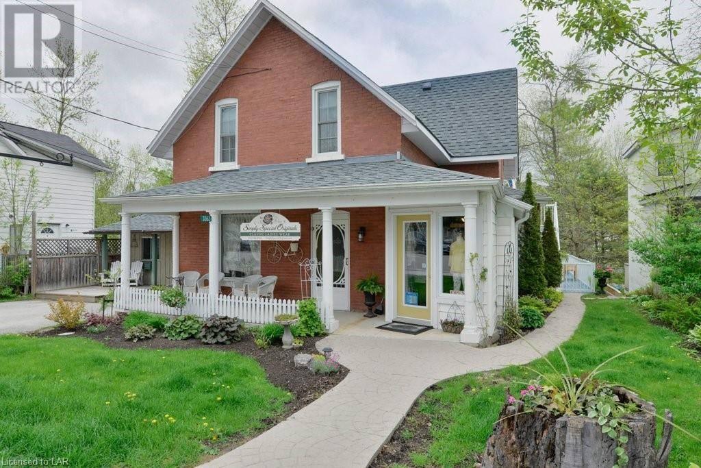 House for sale at 3363 Muskoka St Washago Ontario - MLS: 227411