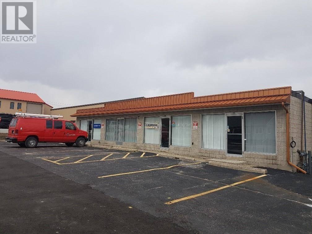336a - 334 Erie South, Leamington | Image 2