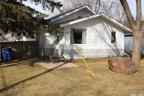 House for sale at 337 4th St E Shaunavon Saskatchewan - MLS: SK804885