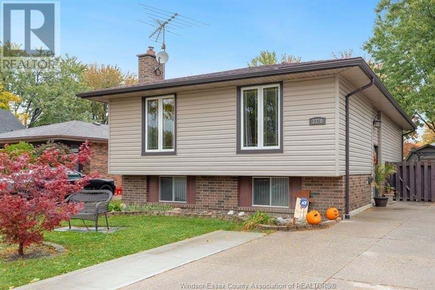House for sale at 3370 Boxwood  Windsor Ontario - MLS: 20014045