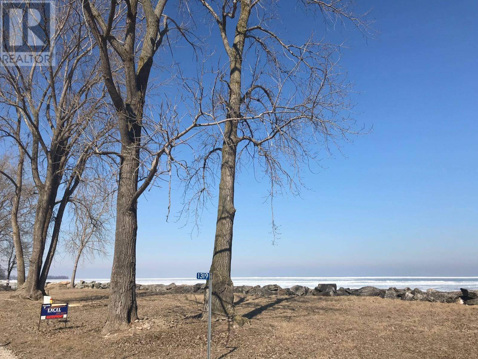 Residential property for sale at 0 East Shore Rd East Unit 338 Pelee Island Ontario - MLS: 19014009