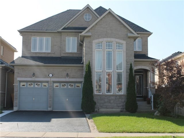 House for sale at 338 Queen Mary Drive Brampton Ontario - MLS: W4277306