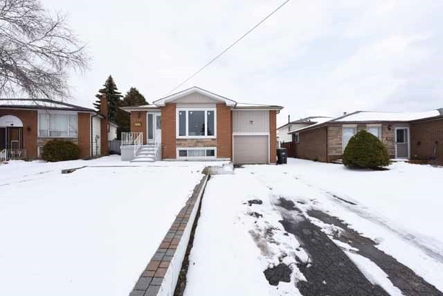 Sold: 3381 Monica Drive, Mississauga, ON
