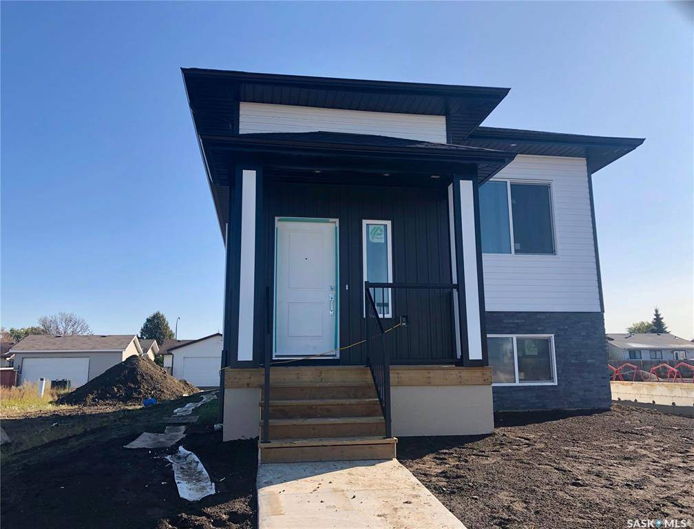 House for sale at 339 Mcarthur Cres Saskatoon Saskatchewan - MLS: SK787805