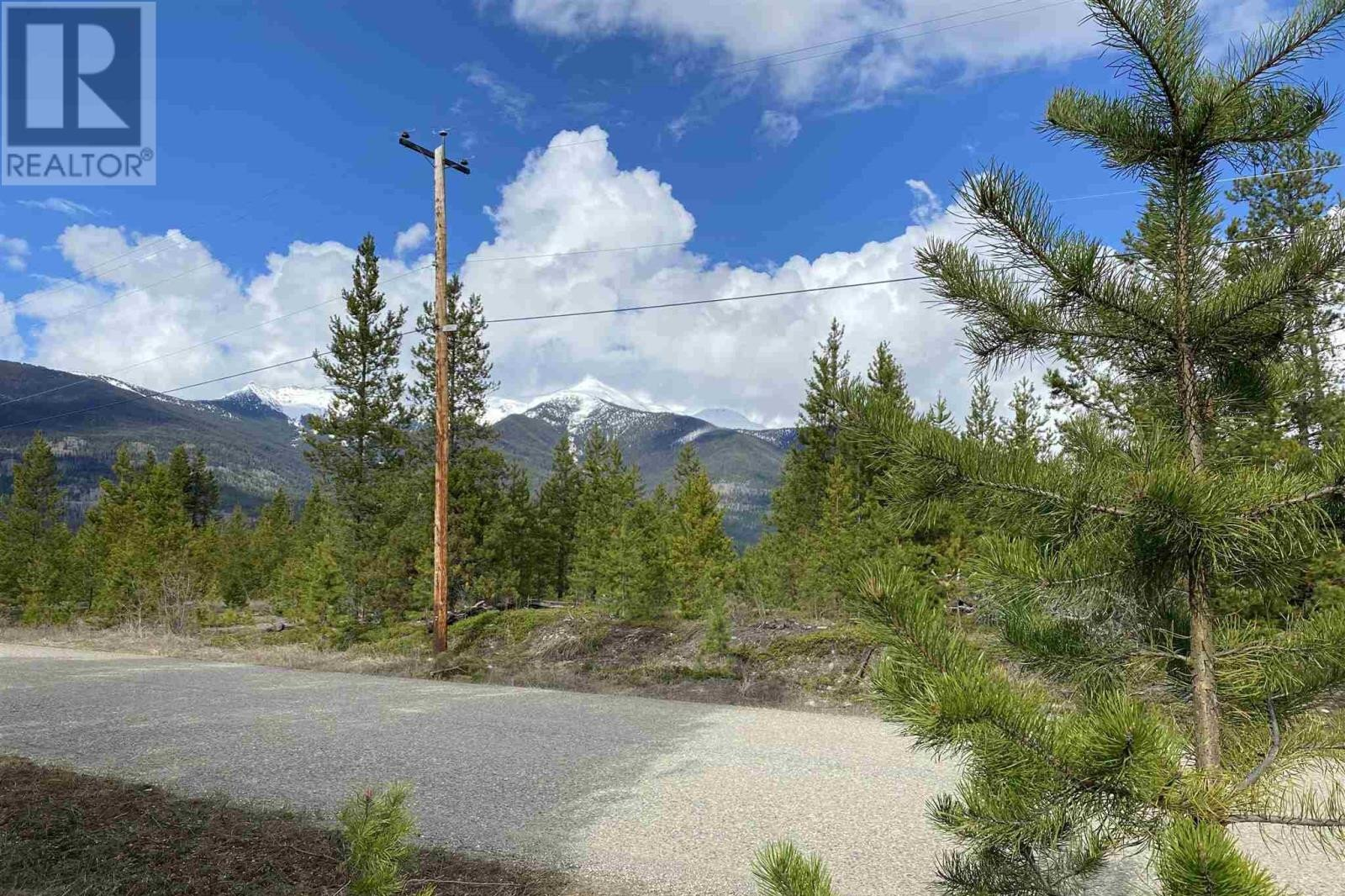 Residential property for sale at 3390 Sawyer Rd Valemount British Columbia - MLS: R2520967