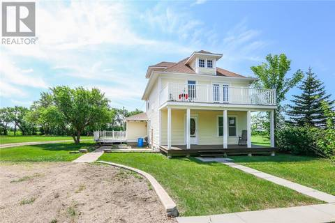 House for sale at  33rd St Corman Park Rm No. 344 Saskatchewan - MLS: SK779507