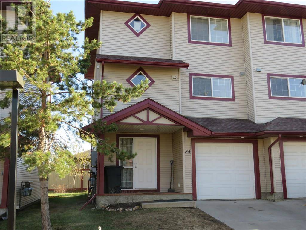Townhouse for sale at 220 Swanson Cres Unit 34 Fort Mcmurray Alberta - MLS: fm0183894