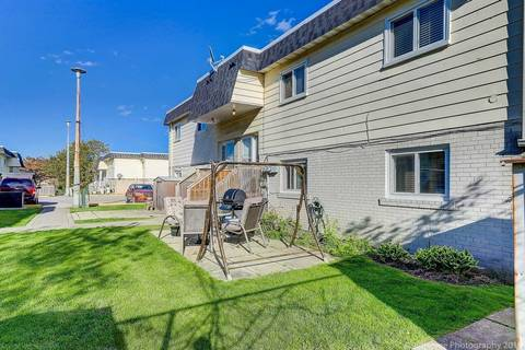 Condo for sale at 540 Mary St Unit 34 Whitby Ontario - MLS: E4476465