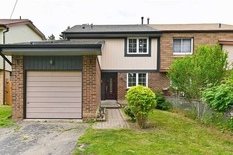 Townhouse for sale at 34 Amberwood Sq Brampton Ontario - MLS: W4504783