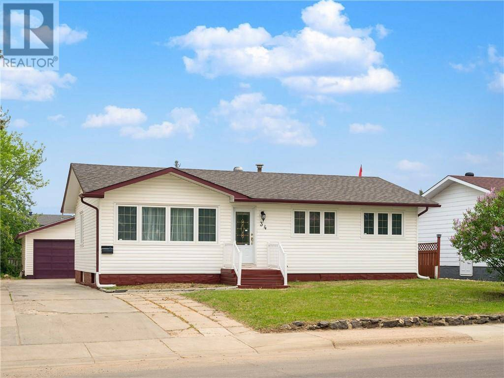 House for sale at 34 Biggs Ave Fort Mcmurray Alberta - MLS: fm0166640