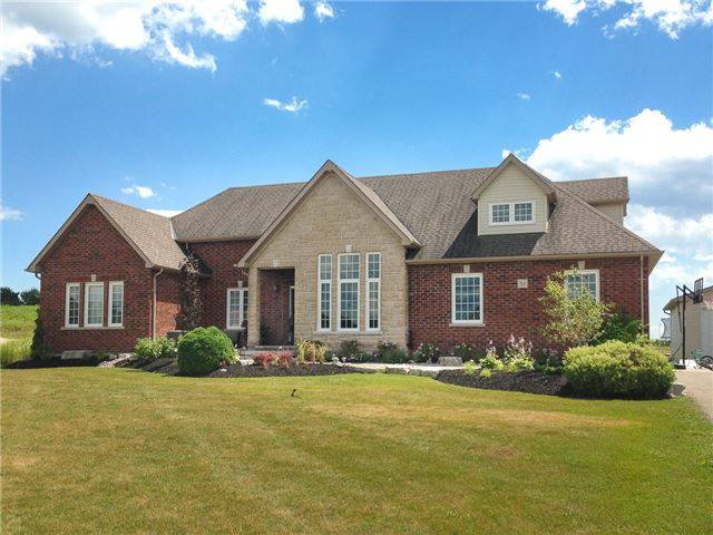 For Sale: 34 Bonnie Brae Court, Scugog, ON | 4 Bed, 4 Bath House for $1,325,000. See 20 photos!