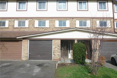 Townhouse for sale at 34 Bow Valley Dr Hamilton Ontario - MLS: H4051190