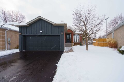 House for sale at 34 Brighton Rd Barrie Ontario - MLS: S4994379