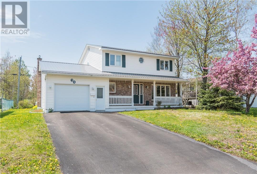 For Sale: 34 Colburne Street, Moncton, NB | 3 Bed, 3 Bath House for $200,000. See 18 photos!