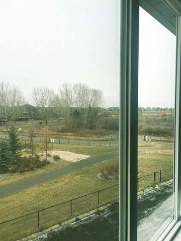 House for sale at 34 Drake Landing Ht Okotoks Alberta - MLS: C4274192