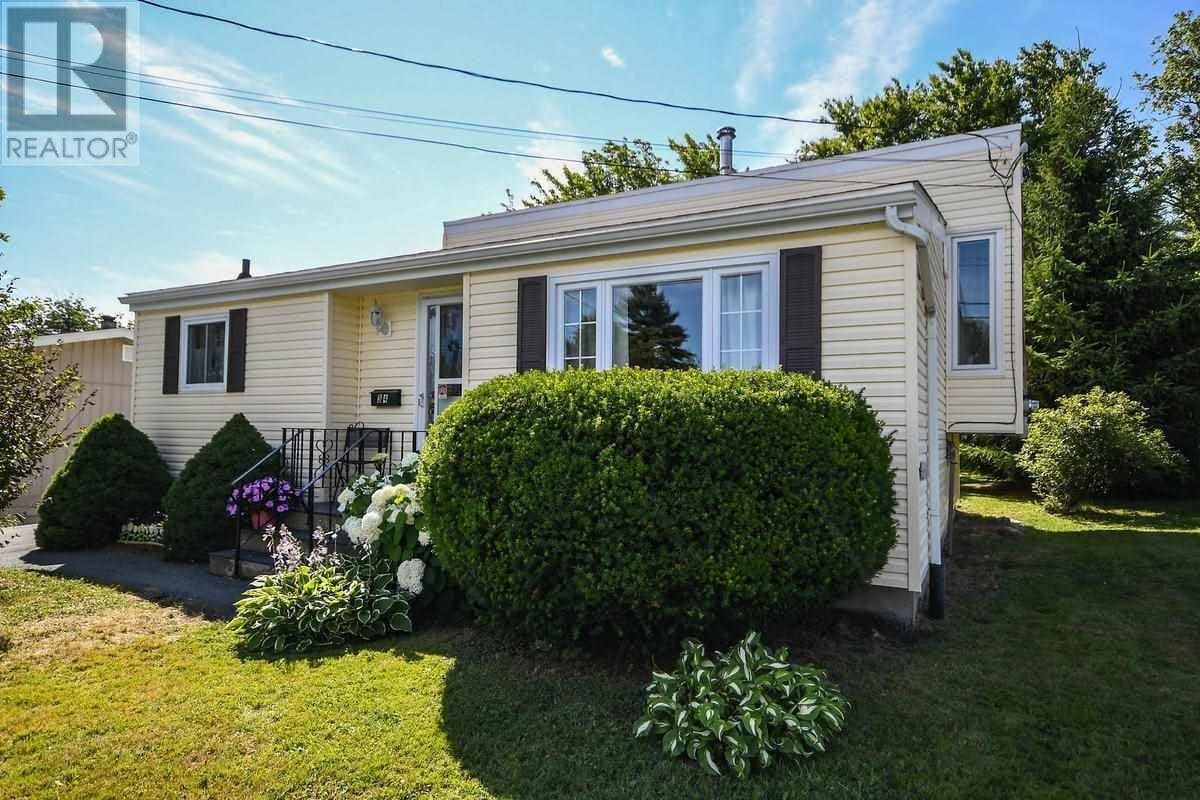 House for sale at 34 Ellerslie Cres Cole Harbour Nova Scotia - MLS: 202015381
