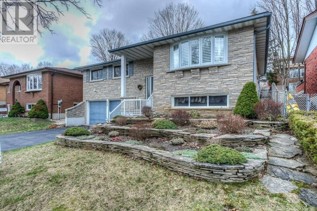 House for sale at 34 Georgian Cres Kitchener Ontario - MLS: 30799710