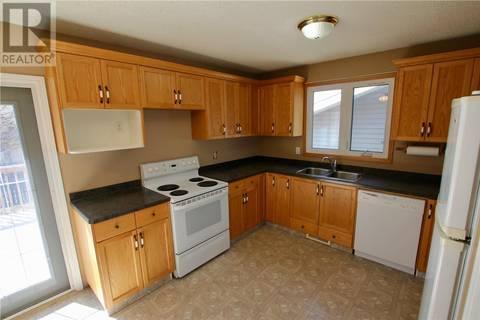House for sale at 34 Glasgow St Regina Saskatchewan - MLS: SK805246