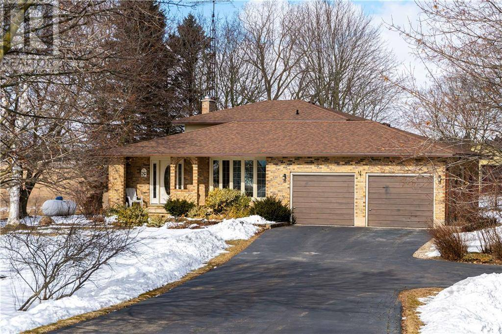 House for sale at 34 Golf Links Rd Burford Ontario - MLS: 30790965