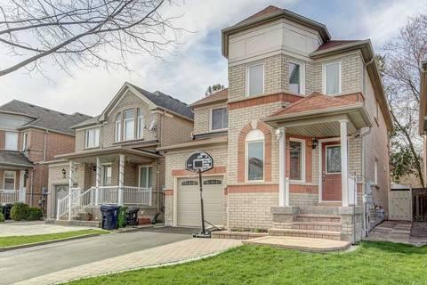 House for sale at 34 Grosbeak Cres Toronto Ontario - MLS: E4434942