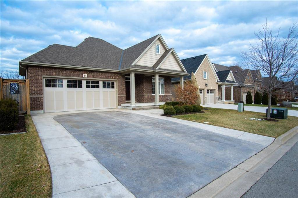 House for sale at 34 Hickory Ave Niagara-on-the-lake Ontario - MLS: 30782995