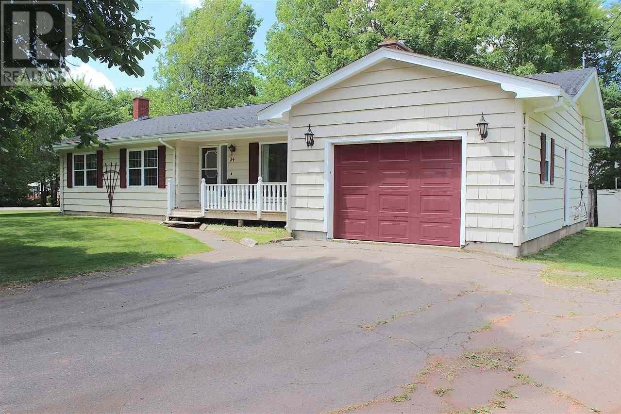 House for sale at 34 Macmillan Cres Charlottetown Prince Edward Island - MLS: 202012046