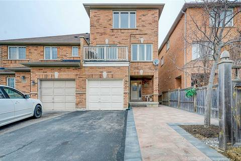 Townhouse for sale at 34 Old Oak Ln Markham Ontario - MLS: N4456532