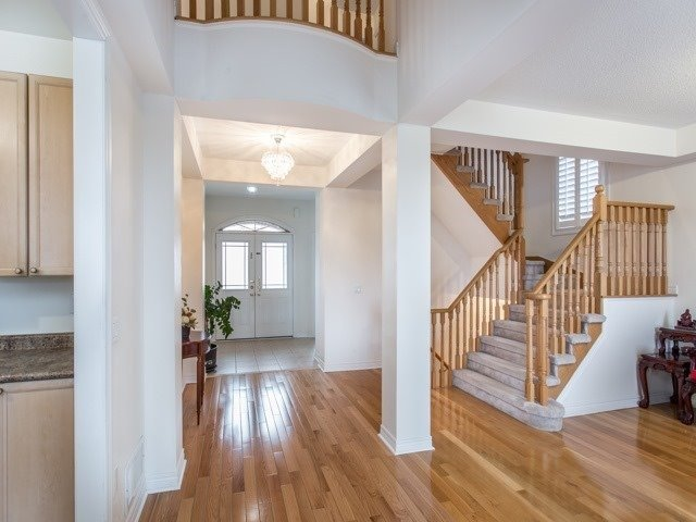 For Sale: 34 Pegasus Drive, Richmond Hill, ON | 4 Bed, 5 Bath House for $1,250,000. See 15 photos!